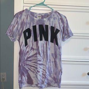 purple tie dye VS Pink tee